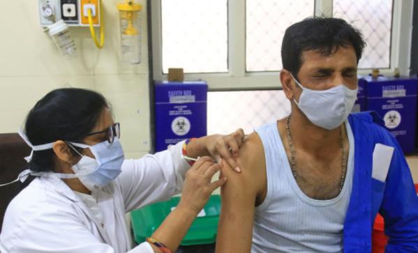 百事娱乐:印度一家医院320剂新冠疫苗被盗 院方懵