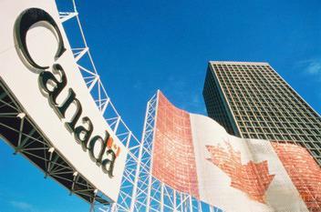 加拿大留学签证续签新规:需交近两学期成绩单