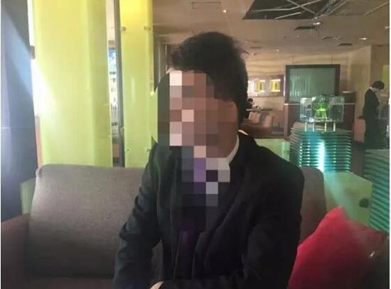重庆:情致一夜小伙女妻子求婚怀孕却遭拒__中为什么情趣内衣同事买图片