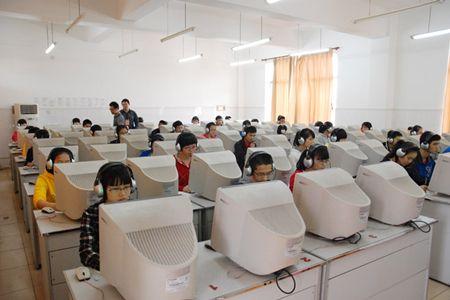 北京:本月中高考首次英语听力机考