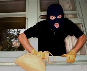 男子偷女友首饰买礼物 扒一扒全球那些奇葩小偷