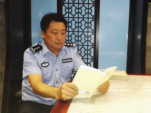 """56岁的他北京出差时跳河救人 只说自己是""""河南警察"""""""