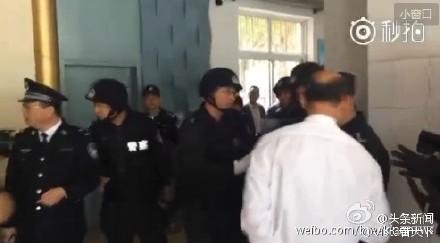 济南郭店中学发生砍人案 警方准备强攻【图】
