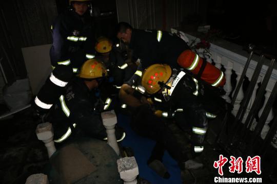 广西东兴市发生一起疑似煤气爆炸事故 7人受伤