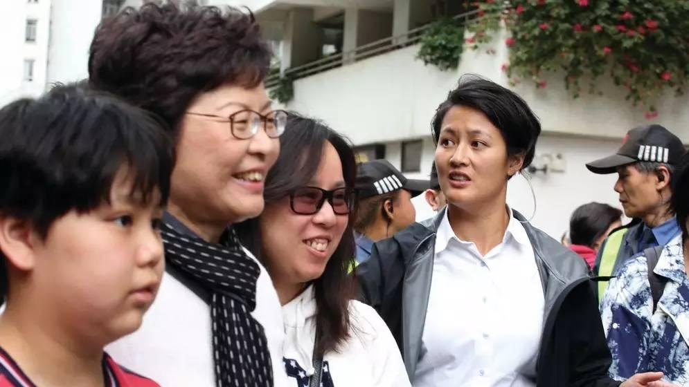 媒体揭秘林郑月娥女保镖:曾夺亚洲铁人三项亚军