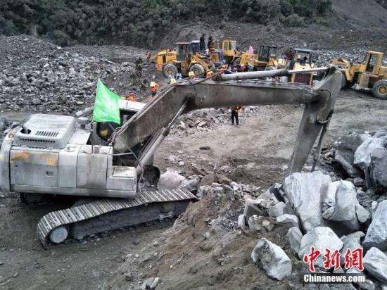 四川茂县山体垮塌致112人失联 已挖出6具遇难者遗体