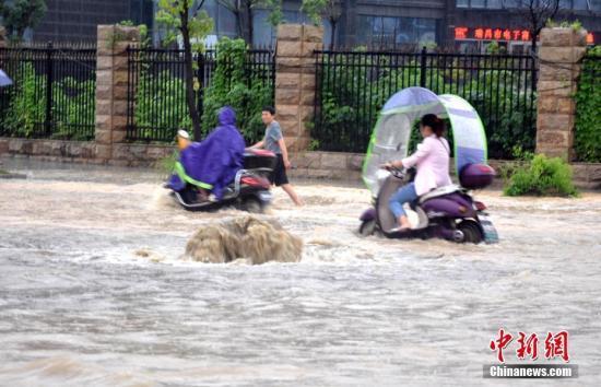 江西开展因灾倒房重建和受灾民众生活救助核查工作