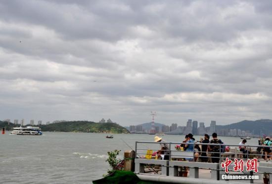 """台风""""天鸽""""逼近最新消息:""""天鸽""""今日登陆广东"""