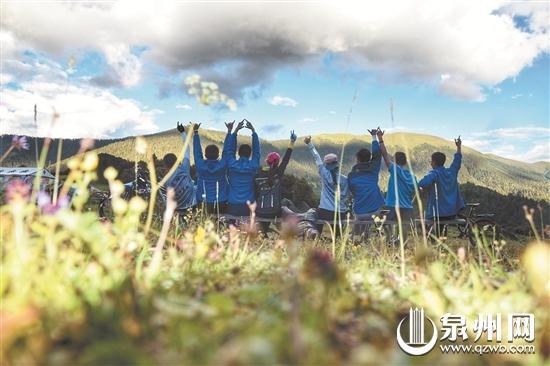 大学生轮滑进藏 27天翻14座山滑行2150公里