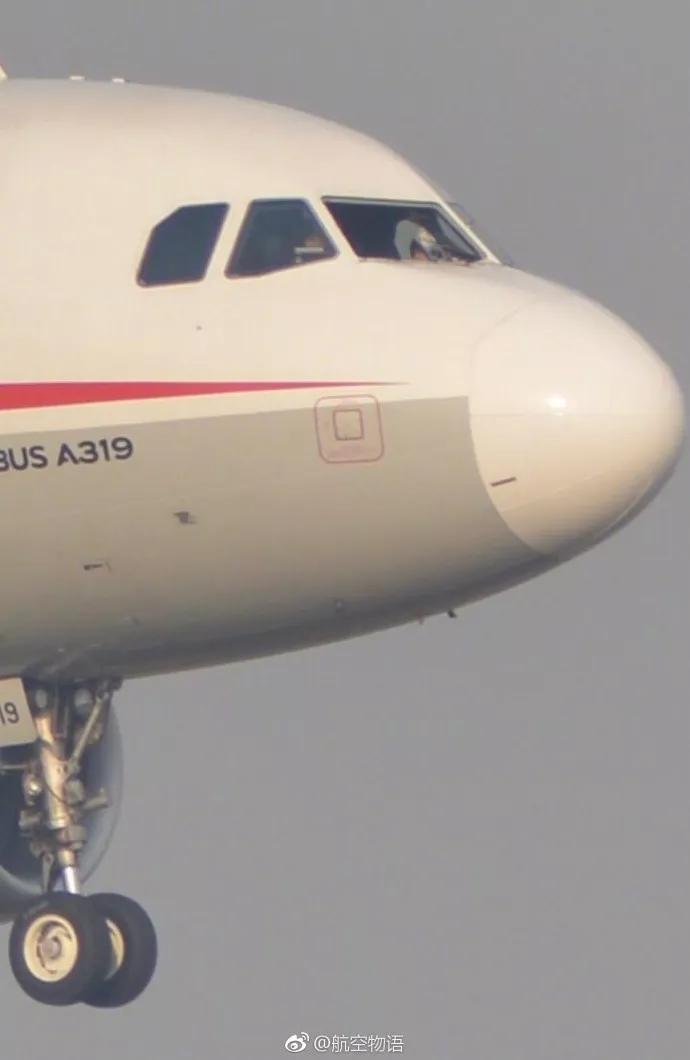 川航因机械故障备降成都跟踪:部分旅客已换机飞往拉萨