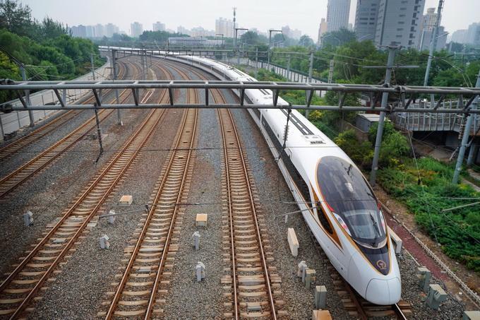 北京有望下月乘高铁去香港:最快9小时即达 票价约为1000元
