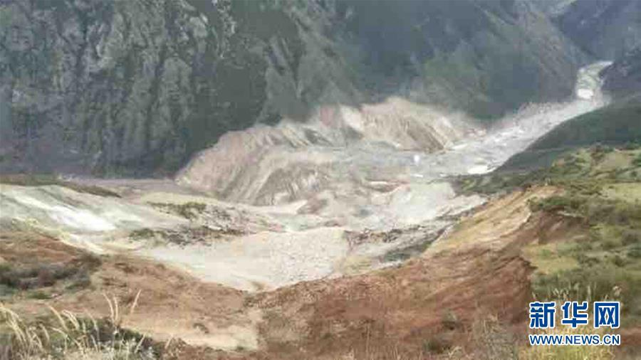 西藏昌都波罗乡再次发生滑坡 金沙江形成堰
