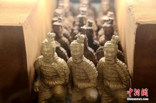 """兵马俑当""""网红""""被玩坏了?秦始皇陵博物院院"""