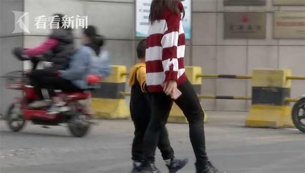 网约车司机为救婴儿连闯3红灯 家属却拒作证:与我无关