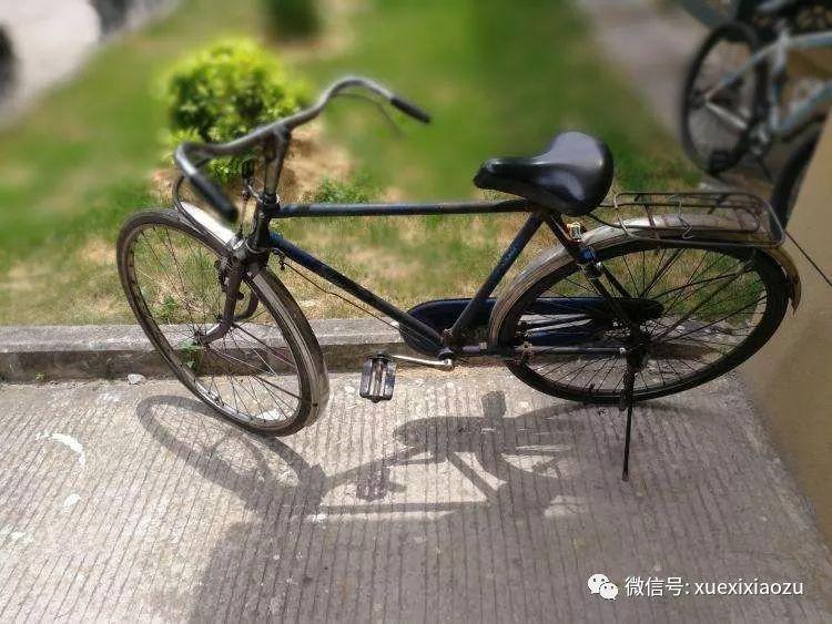 德孝中华周刊文摘:习近平的自行车载过谁?