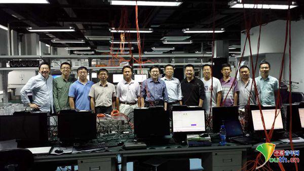 项目芯片研发工程师李拓介绍说图片