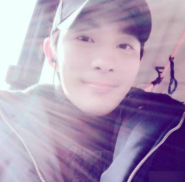 河智苑弟弟身亡年仅34岁 生前照片回顾