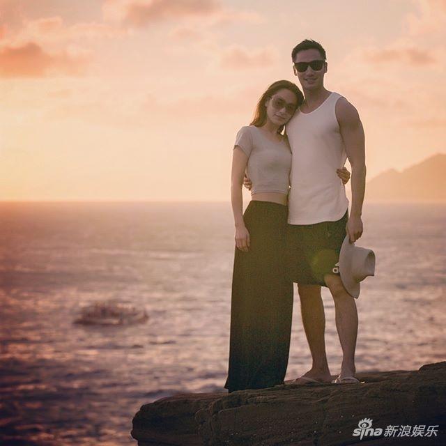 澳门银河金沙娱乐:阿娇被求婚晒钻戒放闪_男友:我会努力给她幸福