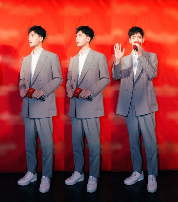 金沙国际娱乐官网:井柏然出席蜡像揭幕仪式_感谢《捉妖记2》