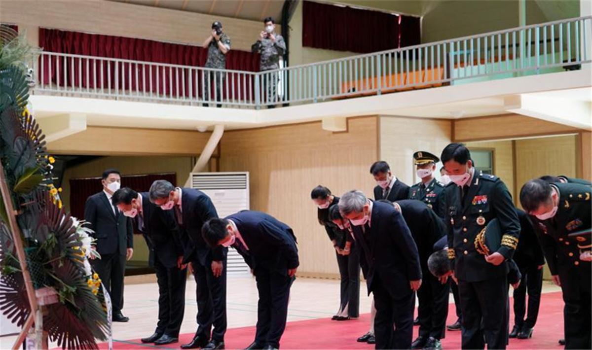 中韩举行第七批在韩中国人民志愿军烈士遗骸装殓仪式.jpg
